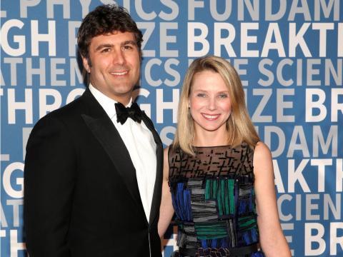 Marissa Mayer y Zachary Bogue
