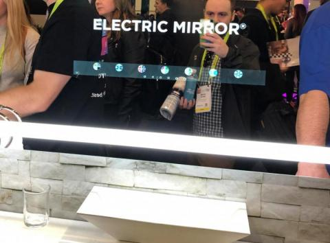 Savvy Smart Mirror