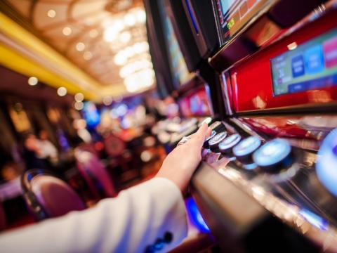Though modern designs have changed, casinos are notorious for not having clocks, making gambling a disorientating experience for most visitors.