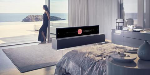 La TV se puede reducir a la cuarta parte y utilizarse para funciones básicas, como escuchar música, ver la hora o consultar el tiempo: