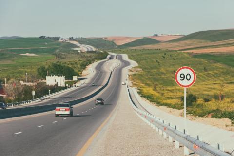 Velocidad máxima en carretera: 90 km h
