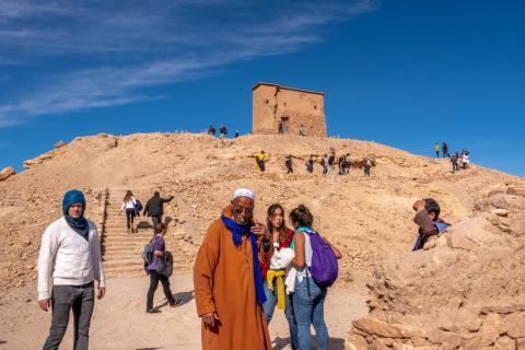 En la cima del ksar hay una fortaleza a la que los habitantes podrían retirarse como último recurso.