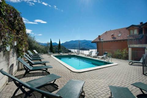 Los visitantes también pueden nadar en la piscina privada de la casa.
