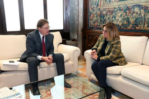 Helena Beunza, secretaria general de Vivienda, durante una reunión con Ximo Puig, presidente autonómico valenciano
