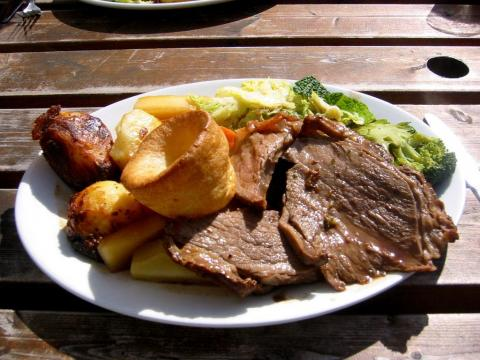 Will Martin, a reporter for Business Insider UK, told INSIDER that after four years of living in London, he highly recommends ordering a British pub roast when visiting.