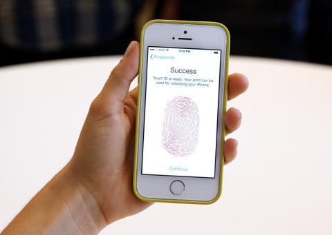 Sensor de huella dactilar del Apple Touch ID.