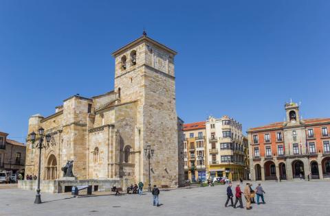 Iglesia de San Juan en el centro de Zamora, España