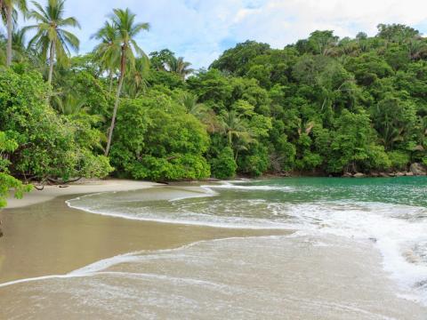 17. Playa Manuel Antonio, Provincia de Puntarenas, Costa Rica.
