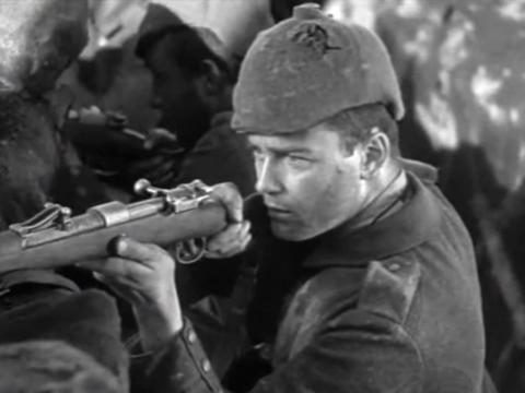 """All Quiet on the Western Front"" fue dirigida por Lewis Milestone."