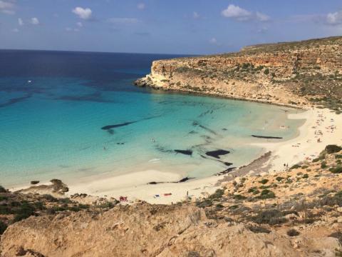 7. Spiaggia dei Conigli, Lampedusa, Sicilia, Italia.