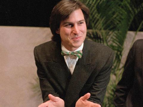 (RE) Steve Jobs en 1984.