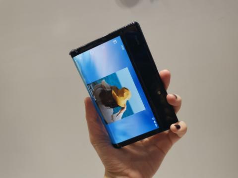 Una de las pantallas del FlexPai.