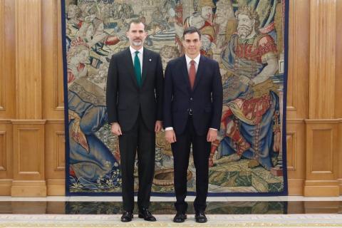 Pedro Sanchez asume el cargo junto a Felipe VI