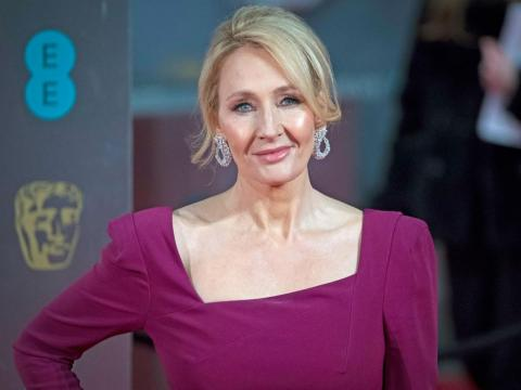 J.K. Rowling asiste a la 70ª edición de los premios de la Academia Británica de Cine.