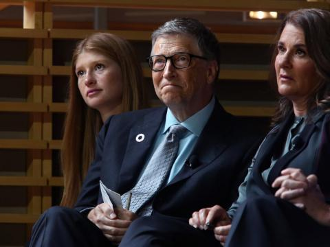 Bill Gates with his daughter Jennifer Gates (left) and wife Melinda Gates (right).