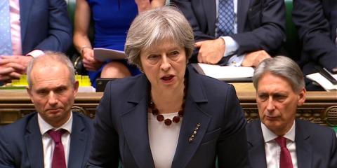 La primera ministra de Reino Unido, Theresa May, en la Cámara de los Comunes