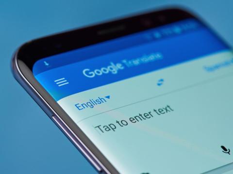 13. Use Google Translate para leer letreros en idiomas extranjeros e incluso para llevar a cabo conversaciones traducidas en tiempo real con los lugareños