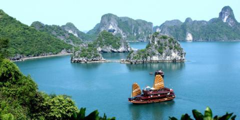 Halong Bay, un posible destino para Kim, está a 160km de Hanoi. Su abuelo visitó el lugar en 1964.