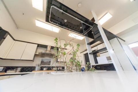la cocina de Biosphere 2, la colonia falsa de Marte