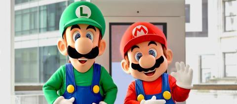Mario Luigi Nintendo Store