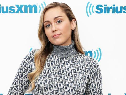 Miley Cyrus fundó la Happy Hippie Foundation.