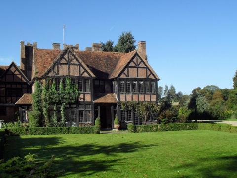 Hook End Manor.