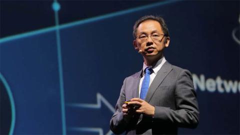 Ryan Ding, director ejecutivo del Consejo y CEO de la Unidad de Negocio de Redes de Huawei.