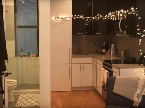 But space is just something you have to sacrifice sometimes if you're going to live in New York. The YouTuber Chris Buell said he paid $2,600 a month for this 350-square-foot apartment in an undisclosed New York City neighborhood.