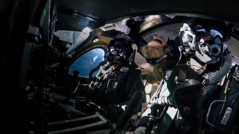 Primer viaje espacial turístico con Virgin Galactic.