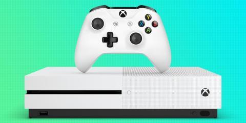 1. Antes de nada se espera una Xbox One sin lector de discos