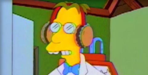 Hamburguesas orejeras en Los Simpson