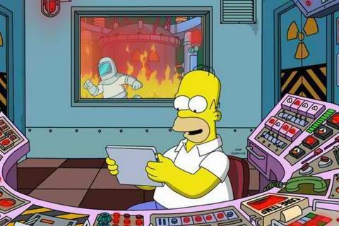 Homer Simpson, en la central nuclear.