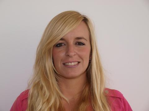 Rosa Liarte, profesora española