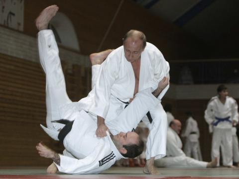 Putin practicando judo.