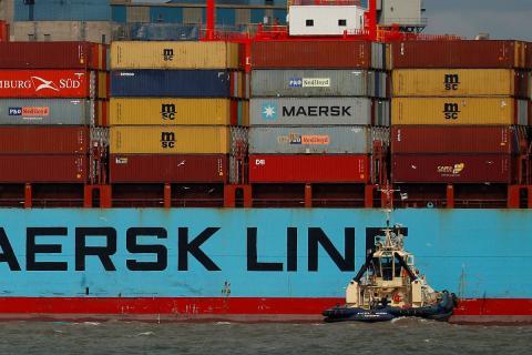 Un carguero en el puerto de Liverpool.