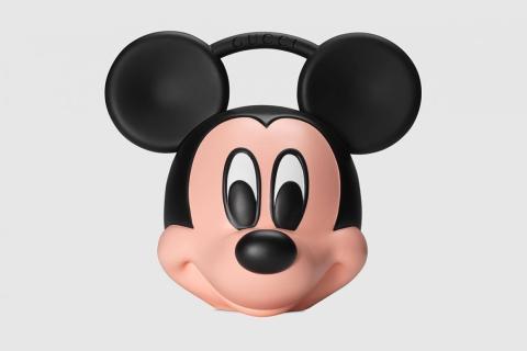 El bolso marca el 90º cumpleaños de Mickey Mouse.