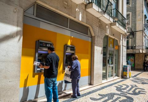 Cajeros en Lisboa