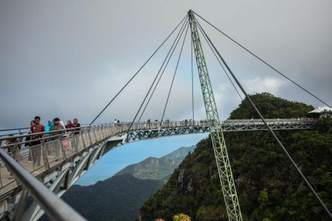To build the Langkawi Sky Bridge in Malaysia, a construction team had to lift the structure by helicopter.