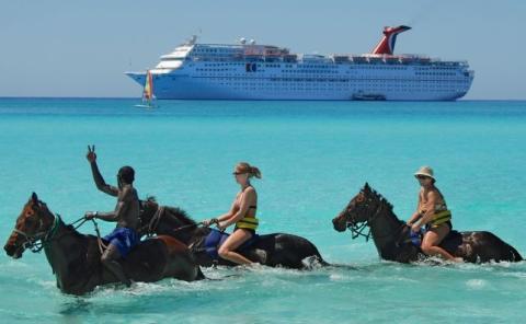 Crucero: Carnival Valor