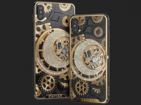 Los iPhone XS y XS Max de Caviar cuentan con una trasera de titanio, oro y 252 diamantes