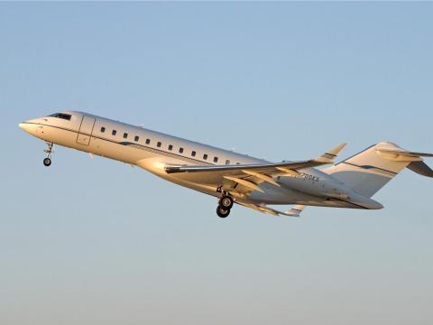 Bombardier BD-700 Global Express.