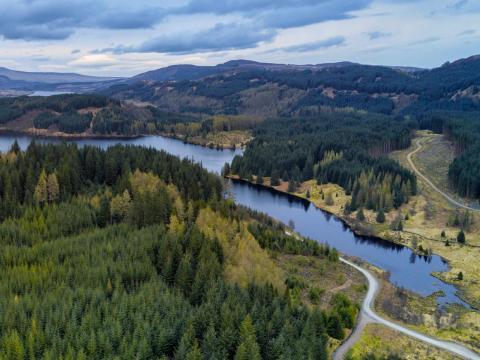 Loch Lomond y los Trossachs.