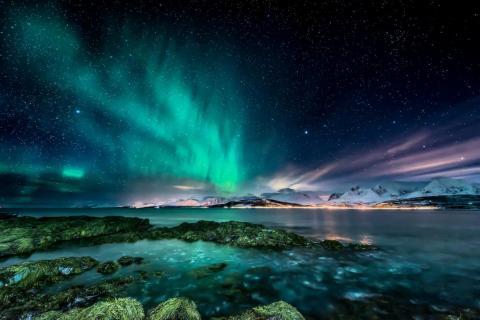 Tromsø, Noruega, es un lugar popular desde el que ver la Aurora Boreal.