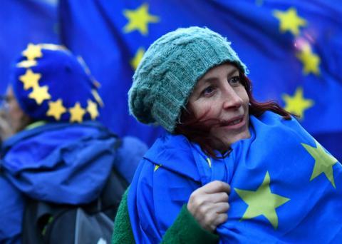 Una manifestante anti Brexit en Londres.