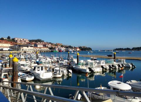 Puerto de San Vicente de la Barquera (Cantabria)