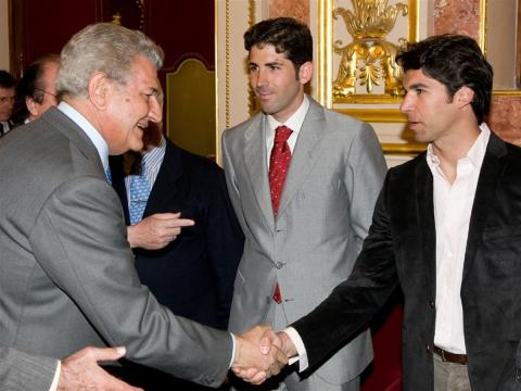 Serafín Marín (en el centro).