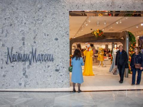 The shopping center is also home to New York City's first Neiman Marcus department store.