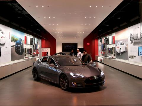 """Today, Tesla """"stores"""" have nearly no cars on-lot. Instead, prospective buyers can check out sample cars and order online or through a salesperson for later delivery, depending on the state. LaserDiscs, however, are not part of the"""