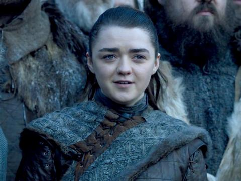 Arya also repeated parts of her experience with royal arrivals in Winterfell.