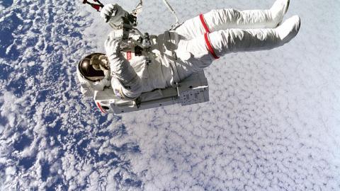 Astronauta de la Nasa en el espacio